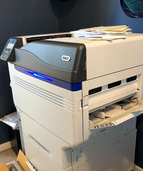 Принтер OKI Pro9542 с бял тонер