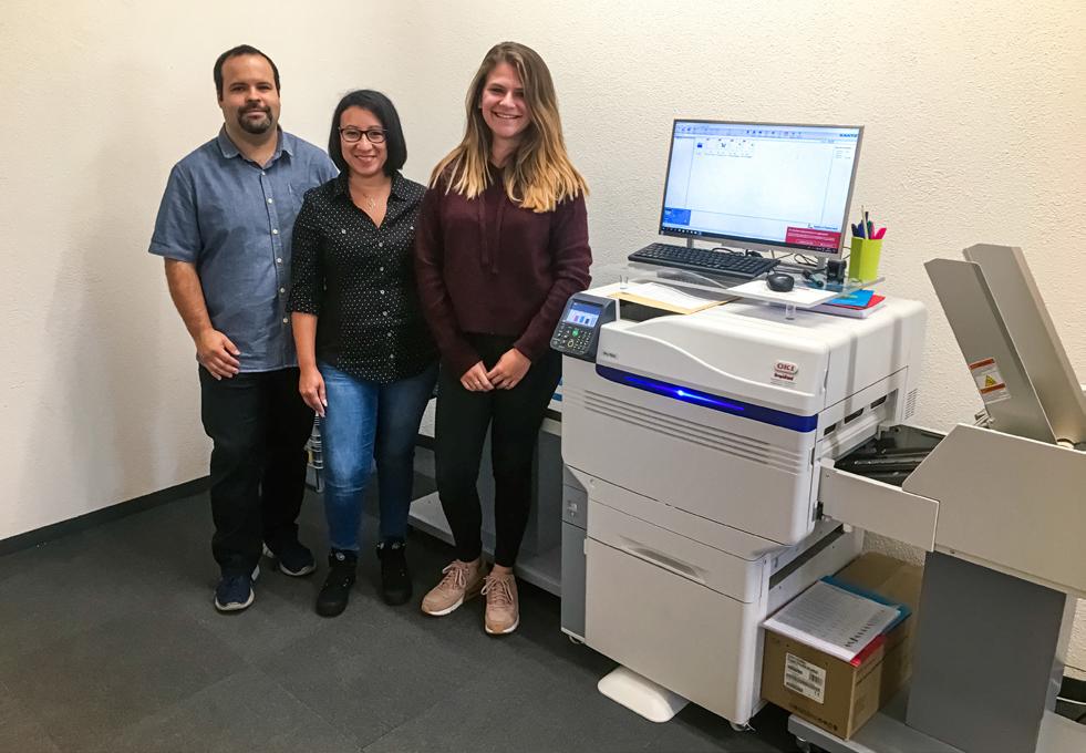 Семейният бизнес на Schellenberg печата с принтера на OKI за пликове OKI Pro Series Envelope Printer с 5 цвята